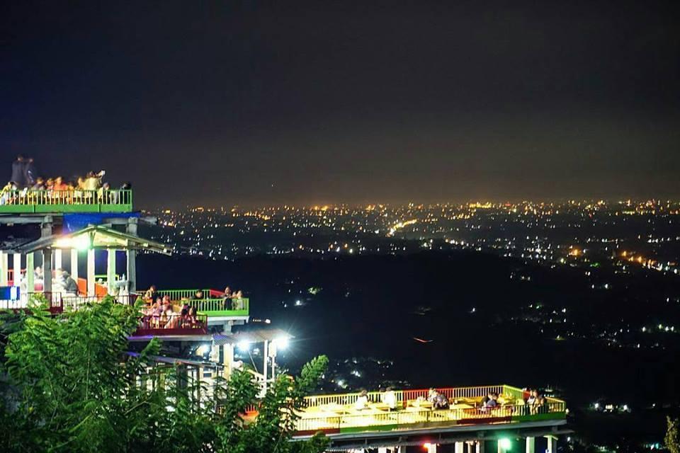 Keindahana malam Bukit Bintang Jogja