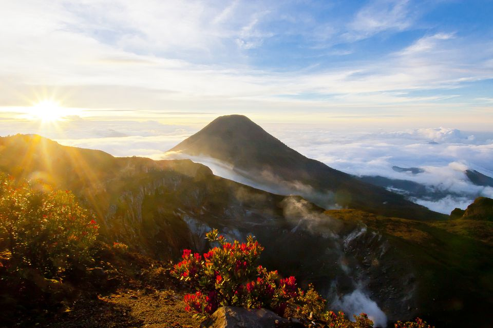 Pemandangan indah Gunung Gede Pangrango